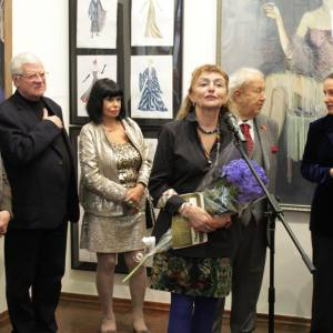 Выставка произведений Елены Качелаевой.