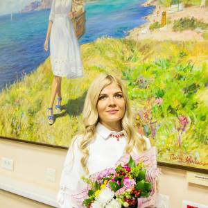 «С мольбертом по земному шару». Выставка работ Полины Илюшкиной в Санкт-Петербурге