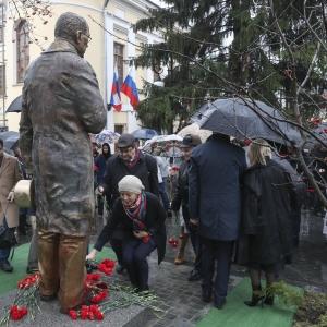 В Москве открыт памятник П.А.Вяземскому работы Леонида Баранова.