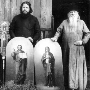 Монахи Валаамского монастыря Тавасий и Мефодий распределяют имущество монастыря.