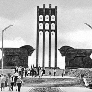 А.А.Арутюнян.  Мемориальный комплекс, посвященный битве под Сардарапатом в 1918